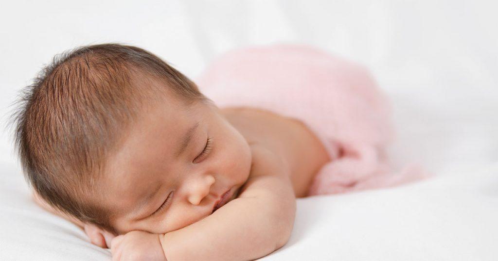 ทารกนอนสลับเวลา