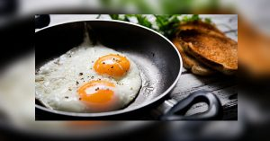 วิธีทอดไข่ดาว