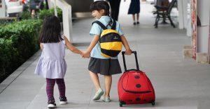 ลูกไปโรงเรียนวันแรก